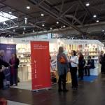 Der Gemeinschaftsstand von VFLL und BücherFrauen auf der Leipziger Buchmesse