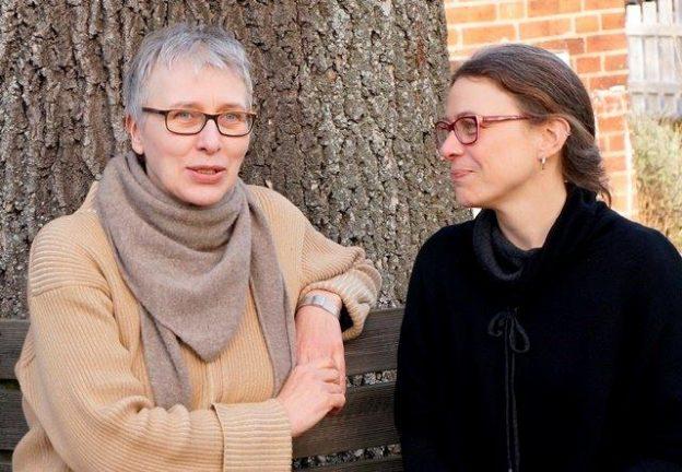 Zwei Lektorinnen im Gespräch