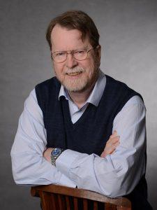 Heute ist Michael Kracht als Buchautor, Lektor und Verleger tätig